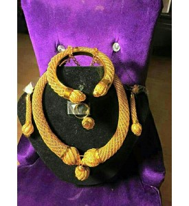 Beautiful Ngalam Set With Bangle